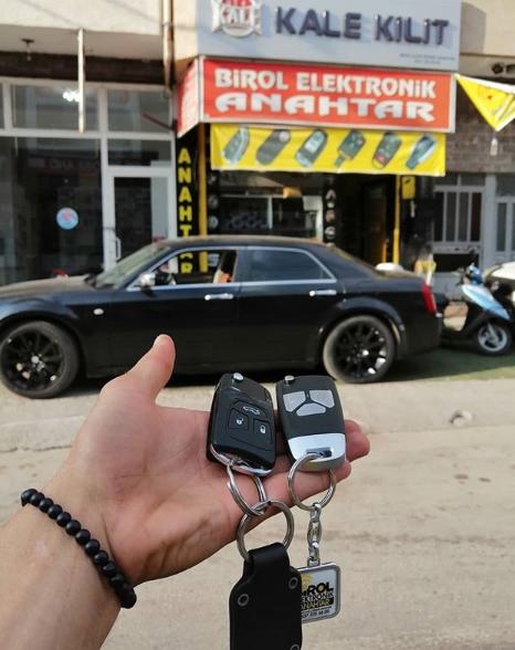 Chrysler 300C Anahtar Kopyalama Yedek Anahtar